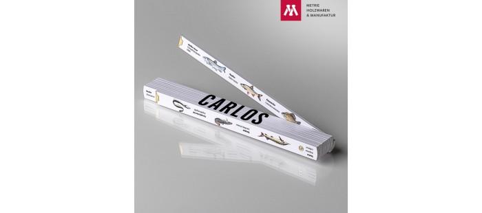 Zollstock mit Name Carlos